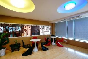 Kiri's Spray Shop - Spray painted furniture inspiration